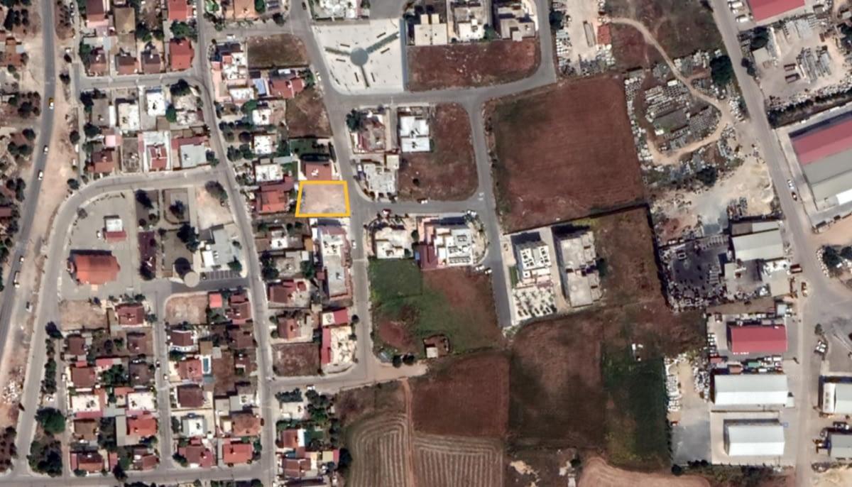 Building Plot in Deryneia