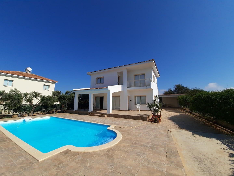 Four Bedroom Detached Villa in Protaras Area