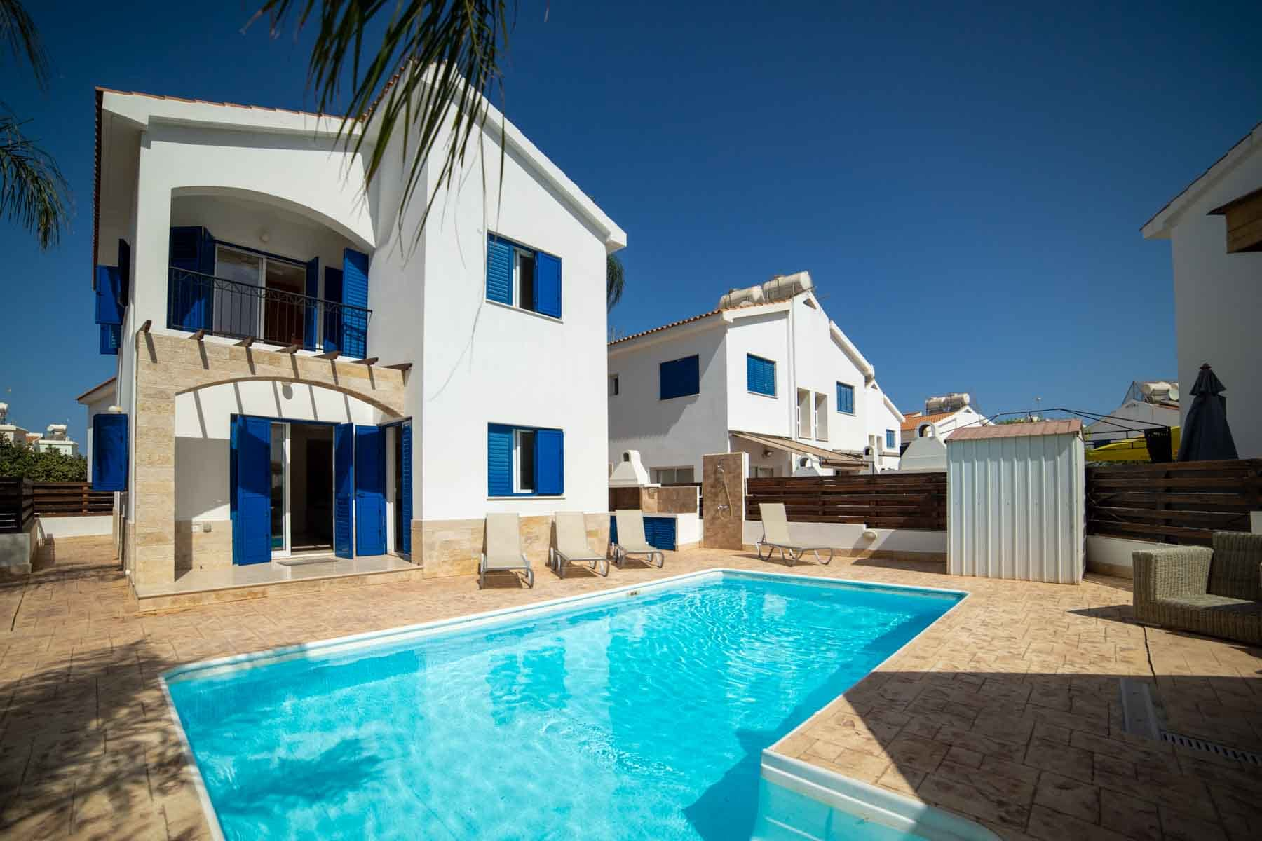 Three Bedroom Detached Villa in Ayia Triada