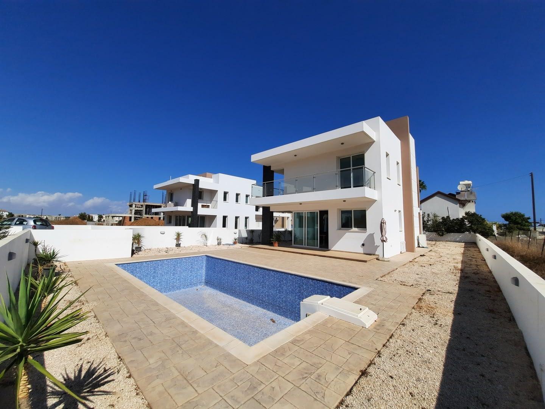 Amazing Villa in Ayia Triada Area