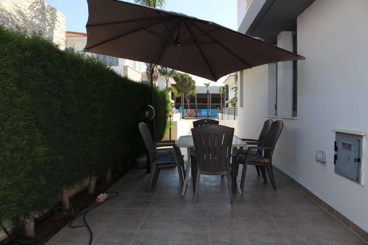 Sunflower villa No.6 - Yard, Luxury Villas in Protaras